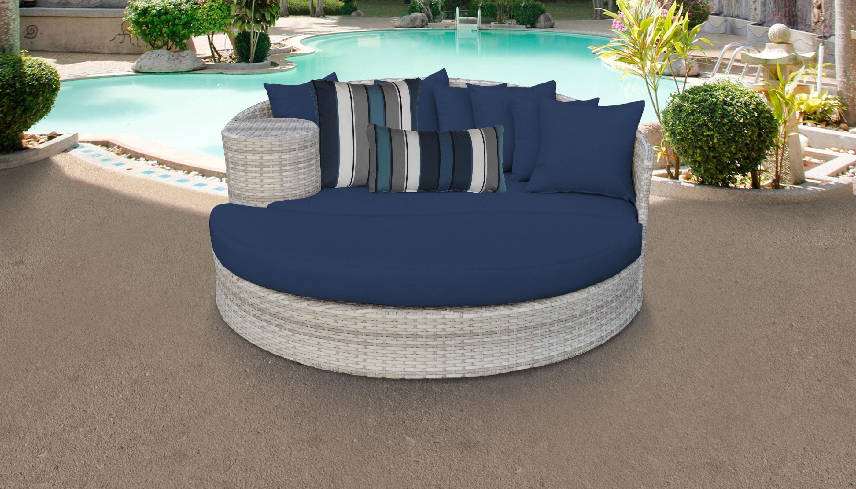 Pleasing Fairmont Circular Sun Bed Outdoor Wicker Patio Furniture Download Free Architecture Designs Embacsunscenecom